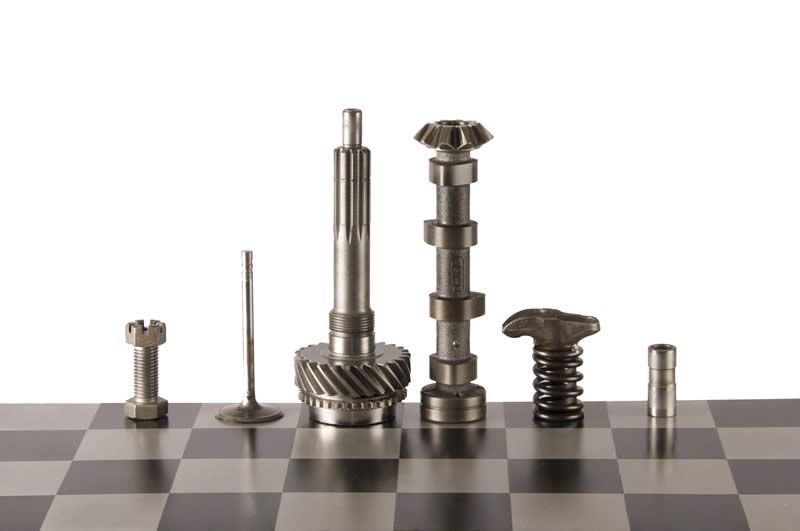- High_Octane_Chess_Set_08